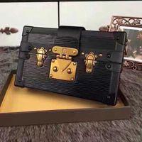 5l4K Wholesale Small Leather Gavel Camera Bag Female Box New Metal Decoration Shoulder Messenger Chain Makeup Hflhh