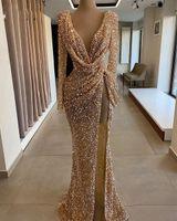 반짝 반짝 반짝 빛나는 무도회 드레스 2021 긴 소매 섹시한 슬릿 V 목 머메이드 로즈 골드 두바이 여성 정식 이브닝 가운