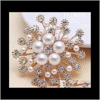 Pins, Broşlar Takı Damla Teslimat 2021 Avrupa Amerikan Bayan Giyim Aksesuarları Kar Tanesi Inci Kristal Zarif Çiçekler Broş Pin S