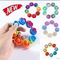 Stock Fidget Bracte Bracte Bractiver Toys Rainbow Bubble Push It AntiStress Игрушка Взрослые Дети Сенсорные Для облегчения браслета Аутизма DHL