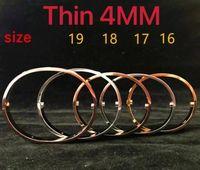 Tunna 4mm rostfritt stål guldarmband armband för mens kvinnor mode smycken bröllop älskare gåva med låda