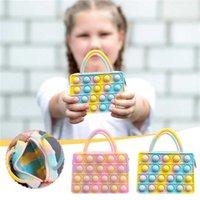 Fidget Toys Mini Bolso del arco iris Bolso de juguete Push Bubble Sensor Silicone Dimple Bolsa de almacenamiento rectangular decomresión
