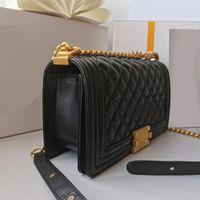 Патентная кожаная сумка для рук Классический модный бренд дизайнеры роскоши женщин Crossbody Beachbody сумки из ягненка 4А + настоящие ягнушки сумки кожи золотая цепная лоскут оригинальный имитация