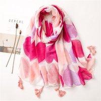 Bufandas 2021 moda verano mujeres algodón bufanda flor playa hijab chales y envueltos hembra foulard echarpe diseñador bandana