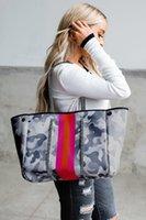 Grand sac de plage en néoprène sac étanche gris camo épaule à épiler à rayures sacs fourre-tout avec poches intérieures fermeture à glissière pour la salle de gym voyage
