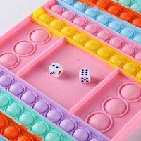 Novo Conselho Bolha Um Ches Tistress Fidget Crianças Favores Sensory Anx Oys Adultos Silicone Lieve Lieve Rainbo Chess Boar Toy Early Education