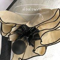 Classic Blanc Noir Designers Ombrella Codification de la Femme Automatique Open et Fermée Parapluie pour la pluie ou le soleil avec sac de boîte-cadeau