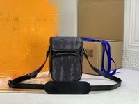 Luxurys Designers Handbag حقيبة Crossbody Bostman كاميرا طقم مائل الشكل رائع جلدية الكتف سفاري رسول هذه حقائب اليد الساحرة 45650
