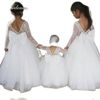 Girl's Dresses Gardenwed Tulle Scoop Flower Girl Full Lace Appliques Sleeves Celebrity Dress Bow Satin Prom Vestidos De Comunión