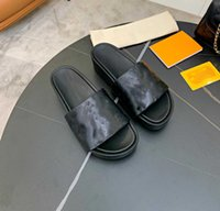 2021 إمرأة وسادة النعال جامبو flatform الصيف الصنادل المطاط الشاطئ الشريحة الأزياء شقة تنقش الجلود أشجار حذاء داخلي مع مربع