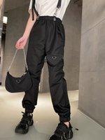21 유럽 뜨거운 모델 여자 바지 캐주얼 작업 쇼핑 바지 수입 나일론 고품질 탑 필수품 꼭 패션 익스틱 및 편안한 스트랩 디자인 바지