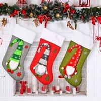 جوارب عيد الميلاد مع أفخم سويدية جنوم عيد الميلاد المنزل حزب الديكور الموقد نافذة شنقا الحلي HHB10599