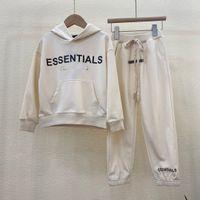 2021 Осенняя мода Tracksuits Essentials Hoodie Designer Детский с капюшоном пуловер свитер повседневный костюм Детские набор для мальчиков Cousssuit Важная толстовка