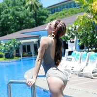 Style Solid Color One Pièce Évolez Sexy Bikini Cover Housen Show Show Mince Resort Swimsuit Womanswimsuit