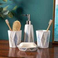 유럽 스타일 욕실 액세서리 세트 세라믹 워시 4 피스 countertop 스토리지 로션 병 구강 컵 비누 접시 목욕 액세서리