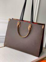 Top Marca Real Couro Mulheres Classic Bags Designer Totes Carteiras para Womens Genuine Chain Bag Ombro Bolsas Tamanho MM GM