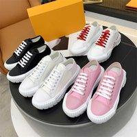 Kadro Kadın Ayakkabı Buzağı Pamuk Sneakers Moda Platformu Eğitmenler Kauçuk Outsole Rahat Ayakkabı Hi-Top Monogram Tuval Sneaker