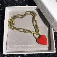 Nuevo estilo rojo pulsera de corazón producto de moda para mujer pulsera material latón chapado en oro brazalete de joyería