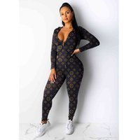 Mujeres diseñador Marca de 2 piezas Sets Sports Traje Chaquetas Pantalones Pantalones cortos Jersey S-2XL Manga larga Jogger Traje Capris Camisas W8048