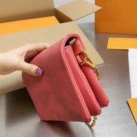 디자이너 럭셔리 가방 미니 Coussin 디자이너 Luxurys 어깨 가방 여성 패션 앞으로 여성 크로스 바디 최고 품질의 지갑 walletwomen의 leath