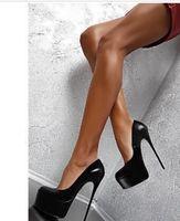 Luxurys Woman Red Bottom Shoes pumps Vendome Black Patent Leather Peep Toe Platform Women summer sandals High heels