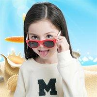 أطفال استقطاب النظارات الشمسية بنين سيليكون إطار نظارات الشمس النظارات الشمسية الأطفال النظارات الطفل مع حالة حالات السيارة للبنات OPP التعبئة والتغليف