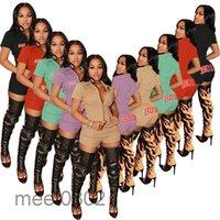 Kadın Tasarımcılar Eşofman Vücut Harfleri Kısa Kollu Düğmeler Gömlek Ve Şort İki Adet Kıyafetler Spor Suits