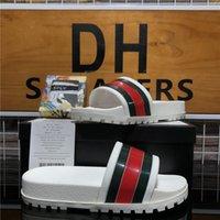 Высочайшее качество мужские женские Gucci резиновые тапочки скользкие сандалии обувь летом пляж открытый прохладные тапочки мода широкая леди бытовые скольжения плоские шлепанки с коробкой