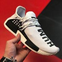 Chaussures de basket-ball design de luxe pour les hommes au large des femmes White NMD NMD Sneakers de race humaine Mocassins à la mode Courant des diapositives en mousse en plein air Runner Ultraboost entraîneurs 5-12