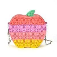 ABD hisse senedi duyusal fidget silikon çantalar itme kabarcık oyuncaklar sırt çantası çocuk kızlar zincir çanta elma şekli karikatür fanny paketi parmak panoları bulmaca noel