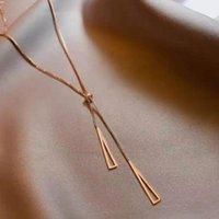 Simple Rose Gold Titanium Acero Colorfast Collar para mujer Coreana Joyería de Moda Accesorios góticos Sexy Girl Clavícula Cadena Chokers