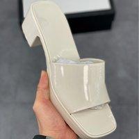 최고 품질의 여성 샌들 레이디 여름 높은 chunky 뒤꿈치 슬라이드 샌들 화이트 블랙 플랫폼 슬리퍼 노란색 레드 블루 핑크 그린 신발