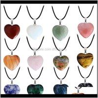 Collares colgantes entrega entrega 2021 piedra natural piedras preciosas colgante con cuero de la PU cadena de corazón forma de corazón cristal cuarzo turquesa encanto cuello