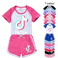 Wholesale TIK TOK Girls Shorts Sport Suit Tracksuits Summer Outfits Set Childrens Baby Boy Clothes Tracksuit Cute TIKTOK Kids Clothing 8 Color avaiable