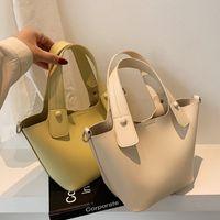 DIY woven material bucket women new versatile portable messenger bag soft leather Mobile Phone Wallet