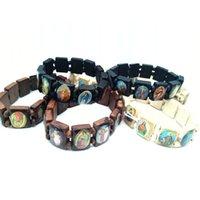 Gemengde houten bedelarmbanden Jesus heilige heiligen Christus christelijke religieuze katholieke elastick armband 12 stuks / partij