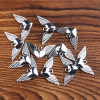 Angel Heart Wings Spacer Charm Pendants Pendentifs 200pcs / Lot Antique Argent Alliage Main Bijoux Conclusions DIY L189 331 Q2