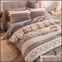 Supplies Textiles Home & Garden 3 4Pcs Set Winter Bedding Set 6D Carved Crystal Veet Duvet Er Flat Sheet Pillowcase Warm Washable Bed Quilt