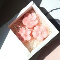 Outils d'artisanat 3pcs / Set Cerisier Blossom Shape Moule en silicone Sakura Fleurs Faire bougeons Moules Caractéristiques Decoration en plâtre de voiture