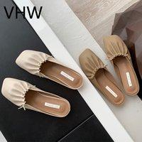 Mujeres mulas vestido zapatos fiesta primavera verano moda cuadrado cerrado punta planos damas beige cuero sandalias plisadas casual mujer zapatillas