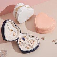 Caja de almacenamiento de joyería de viaje portátil creativo en forma de corazón en forma de PU Pantalla de cuero collar Pendientes Pendientes Cajas de anillos Decoración de escritorio HWA8403