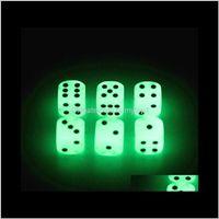 Gambing Loisirs Sports à l'extérieur Drop Drop Livraison 2021 Luminous 16mm D6 D6 Deud Dice Bosons Jeux Boire Jeux Funny Family jeu pour la fête de pub