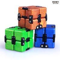 QIYI 무한 큐브 퍼즐 장난감 2x2 마법 큐브 플립 큐빅 스트레스 릴리버 장난감 어린이 선물 2x2x2 속도 Cubo Magico