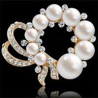 Fancy Gold Chapado Cristales bastante simulados Perla Broche Exquisito Boutique Broach Moda Pin de solapa para hombres A