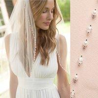 Beyaz / Lvory 1 Tier Parmak Düğün Veils Kristal İnciler Cut Kenar Gelin Peçe Tarak Gelin Aksesuarları