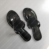 2021 플랫 샌들 Luxurys 디자이너 여성 샌들 슬라이드 슬라이더 플랫폼 샌들 아리아 웨지 샌들 신발 디자이너 슬라이드 Des Sandales 210104L