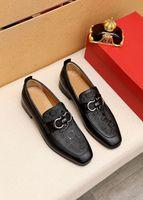 Zapatos de vestir para hombres Fashion Groom Wedding Genuine Cuero Brand Designer Oxfords 2021 Hombres Formal Negocios Pisos Tamaño 38-45