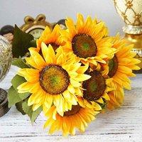 Bouquet Home Decor Falso Girassol Escritório Outono Outono Artificial Flores Festa de pano com folhas Desktop Sala de estar 13 cabeças decorativas