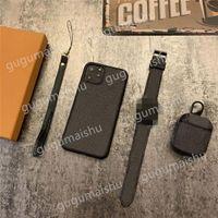 Üç parçalı moda takım telefon kılıfı kulaklık kapak ve izle strap iphone 12 11 pro max xs xr xsmax 7 8 artı doğum günü hediyeleri ve Noel hediyeleri