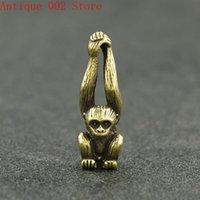 Симпатичные мини старинные латунные длинные ручки обезьяна статуя реквизит портативный ключ цепь ручной игрушки домашняя офисная стойка украшения украшения орнамент
